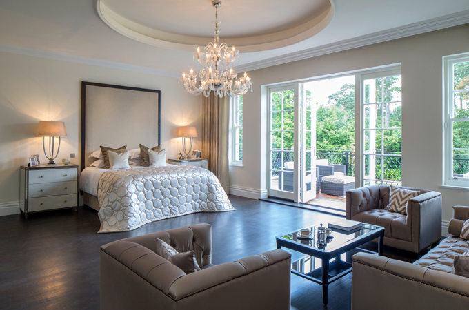 Master Bedroom Hotel surrey mansion adopts five-star theme - real estate & property