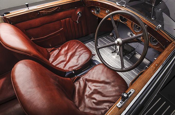 25m paris car sale sets record for bonhams art auctions. Black Bedroom Furniture Sets. Home Design Ideas