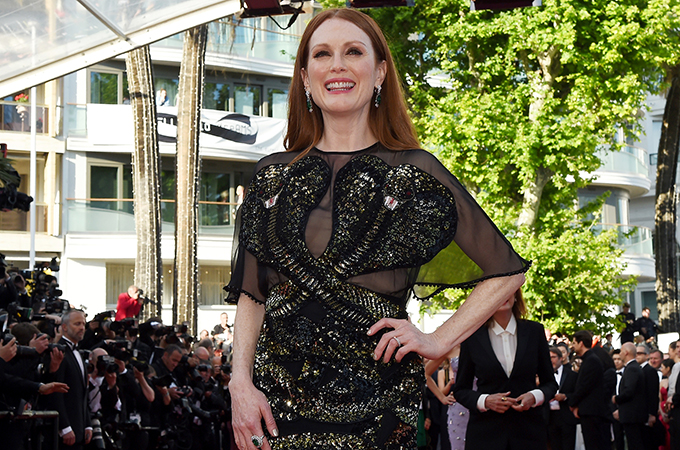 Stars dazzle at Cannes red carpet gala